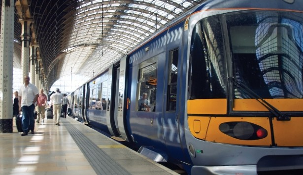 Churchill extends Thameslink contract