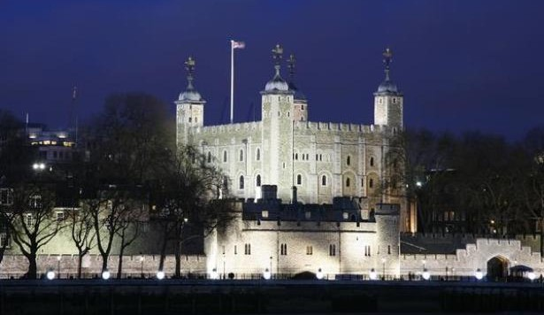 Ampersand renews Royal Palaces deal