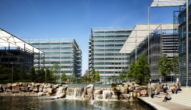 Ultimate booked to stay on at Chiswick Park