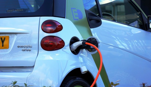 Electric vehicles: an uphill fight