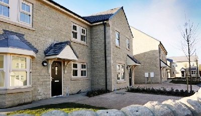 Mears scoops five-year housing deal