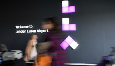 Incentive lands Luton Airport deal